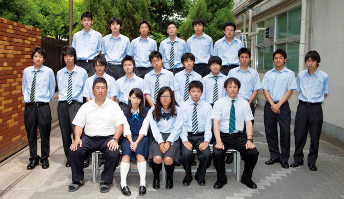 大阪産業大学附属高等学校制服画像